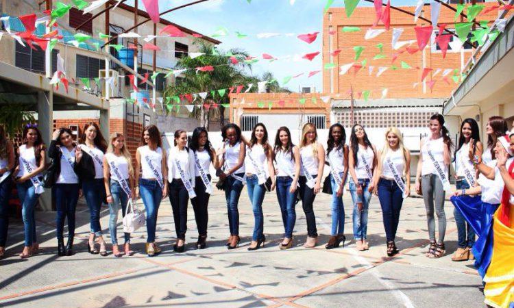Group Photo - Tintorero