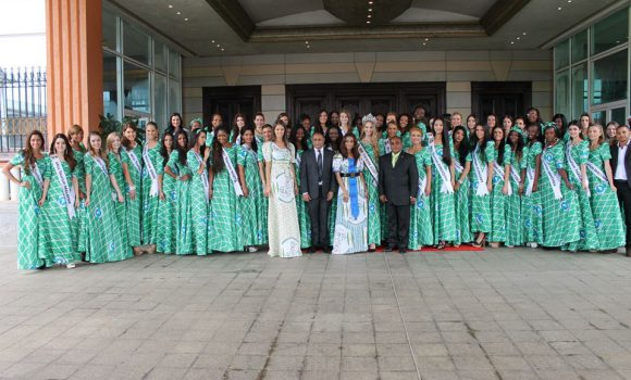 presidential-visit-during-miss-tourism-2013-final-1